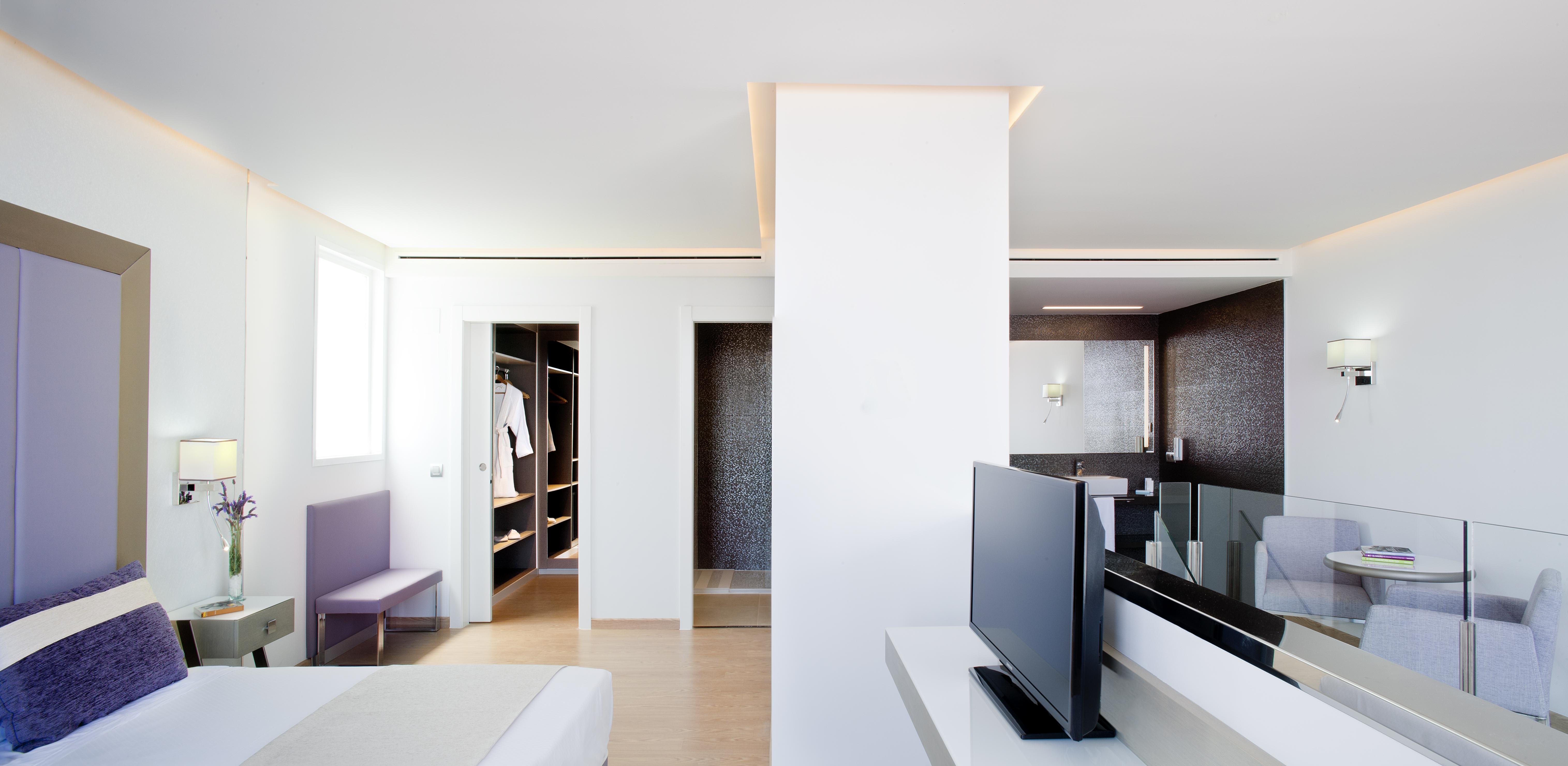 Suite Penthouse hotel Torre del Mar Ibiza