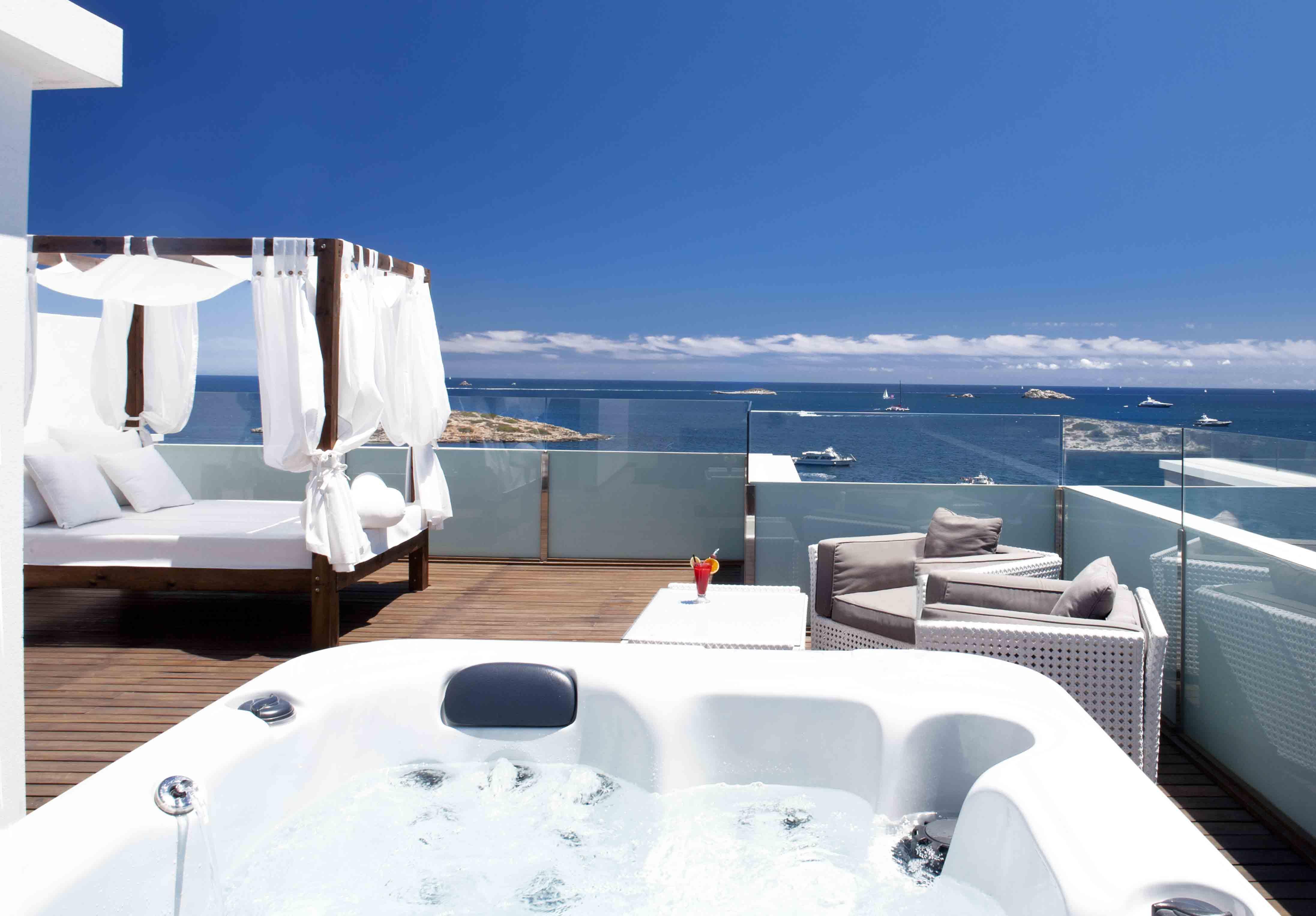 Hotel Torre del Mar vistas suite duplex