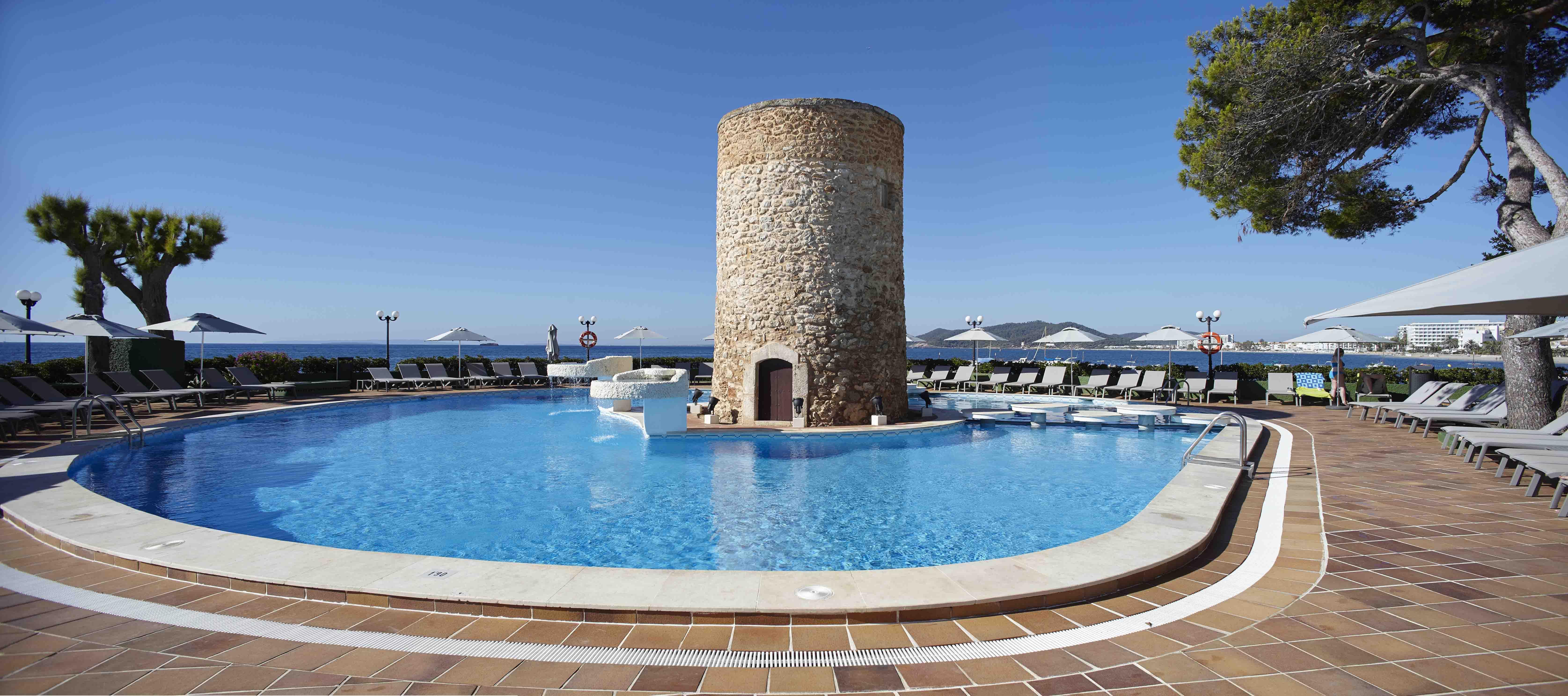 Una temporada repleta de novedades en el hotel Torre del Mar