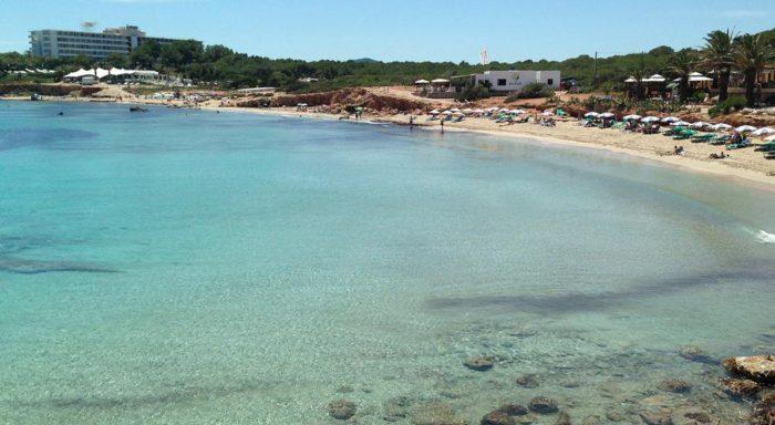 playas de Ibiza tranquilas: Cala Martina
