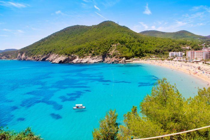 Playas tranquilas de Ibiza: Cala San Vicente Ibiza